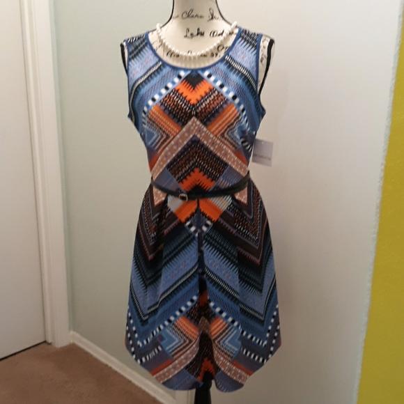 Liz Claiborne Dresses & Skirts - NWT Liz Claiborne fit & flare dress size 6